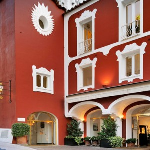 Le Sirenuse - Luxury Italy holiday Packages - hotel exterior