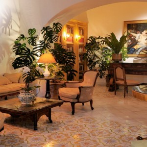 Le Sirenuse - Luxury Italy holiday Packages - lobby