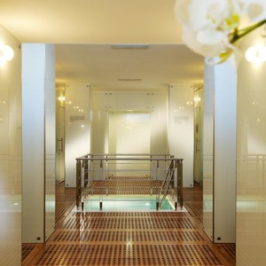Le Sirenuse - Luxury Italy holiday Packages - spa entrance