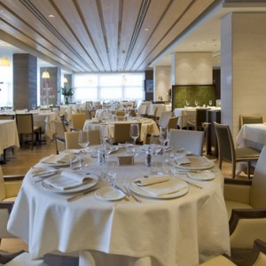 Savoy Restaurant - grand hotel savoia - luxury italy holiday packages