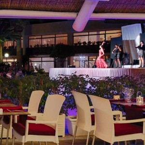 entertainment - H10 Conquistador - Luxury Spain holiday packages