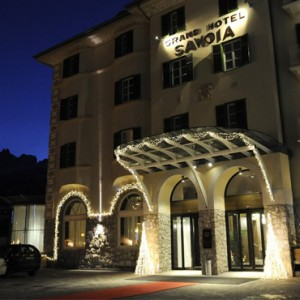 exterior 2 - grand hotel savoia - luxury italy holiday packages