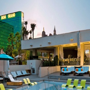 pool 2 - mgm grand las vegas - luxury las vegas holiday packages
