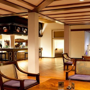 Cinnamon Lodge Habarana - Luxury Sri Lanka Holiday Package - Bar