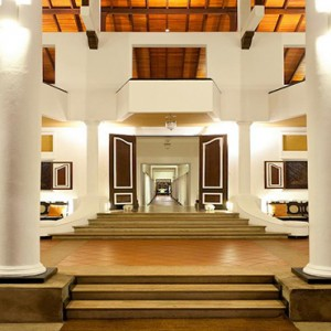 Cinnamon Lodge Habarana - Luxury Sri Lanka Holiday Package - Hotel entrance