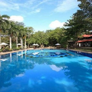Cinnamon Lodge Habarana - Luxury Sri Lanka Holiday Package - swimming pool