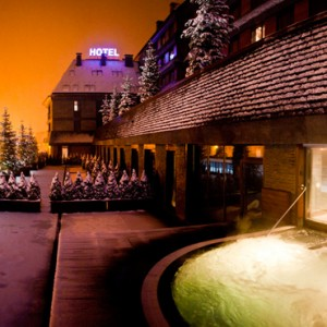 exterior - Hotel Val de Neu - Luxury Ski Holiday Packages