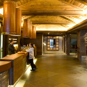 reception - Hotel Val de Neu - Luxury Ski Holiday Packages