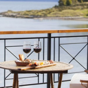 wine bar 2 - Los Cauquenes Resort and Spa - luxury argentina holiday packages