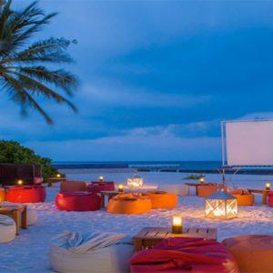 Kuramathi Maldives Luxury Luxury Maldives Holiday Packages Evening Entertainment