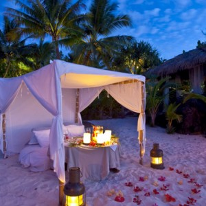 Luxury Cook Islands Holiday Packages Pacific Resort Aitutaki Dining 2