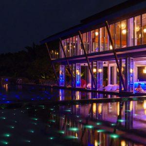 Luxury Maldives Holiday Packages Kuramathi Island Resort Maldives Laguna Bar