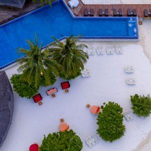 Luxury Maldives Holiday Packages Kuramathi Island Resort Maldives Sand Bar 2