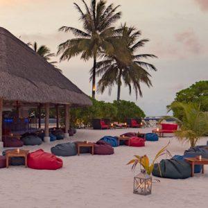 Luxury Maldives Holiday Packages Kuramathi Island Resort Maldives Sand Bar 3