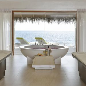 Luxury Maldives Holidays Maafushivaru Spa Bath