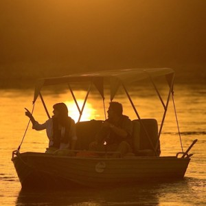 Luxury Safari Holiday Packages Serena Mivumo River Lodge River 6