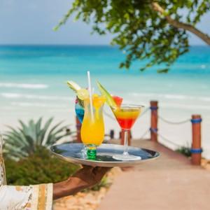 Luxury Zanzibar Holiday Packages Riu Palace Zanzibar bar