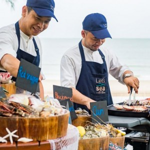 Luxury Hua Hin Holiday Packages Lets Sea Alfreco Resort Dining 3