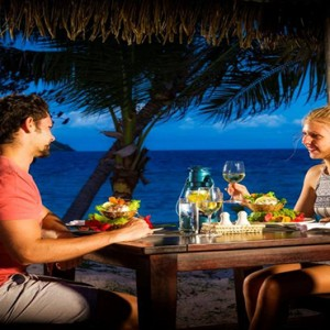 luxury fiji holiday packages - Matamanoa Island Resort - dining