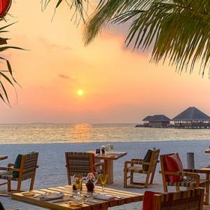 Luxury Maldives holiday packages - Kanuhura Maldives - dining