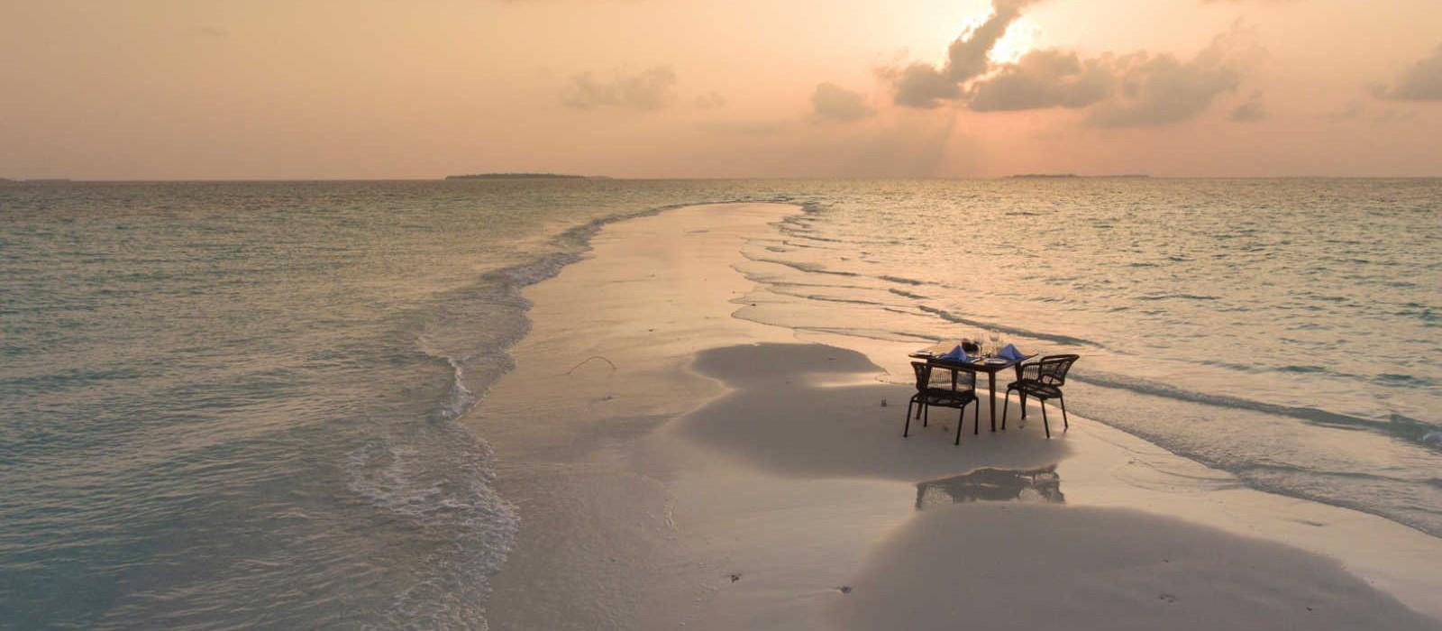 Header Dhigali Maldives Luxury Maldives Honeymoon Packages