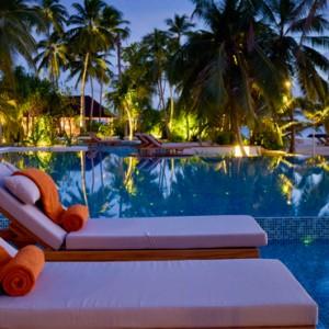 Luxury Maldives Holiday Packages Dhigali Maldives Pool