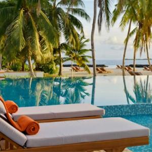 Luxury Maldives Holiday Packages Dhigali Maldives Pool 3