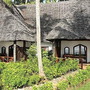 Luxury Zanzibar Holiday Packages Bluebay Beach Resort And Spa Sultan Suite
