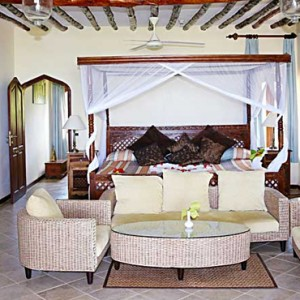Luxury Zanzibar Holiday Packages Bluebay Beach Resort And Spa Sultan Suite 3