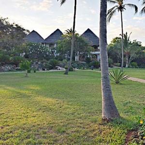 Luxury Zanzibar Holiday Packages Bluebay Beach Resort And Spa Gardens