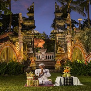 Bali holiday Packages The Laguna Bali Balinese Blessing