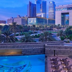 Dubai holiday Packages Jumeirah Emirates Towers Pool
