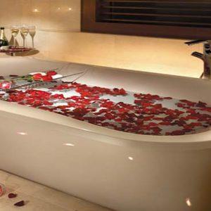 Shangri La Singapore Luxury Singapore Honeymoon Packages Honeymoon Suite Bathroom