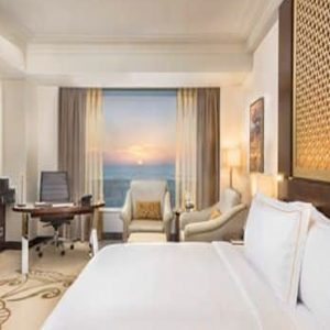 Luxury Dubai Holiday Packages Conrad Dubai King Deluxe Corner Room Panoramic View1