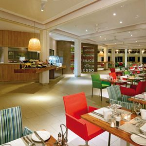 luxury Mauritius holiday Packages Ambre Mauritius Dining 3