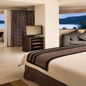 Luxury Mexico Holiday Packages Dreams Huatulco Preferred Club Junior Suite With Jacuzzi2