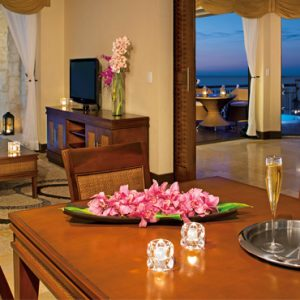 Luxury Mexico Holiday Packages Dreams Riviera Cancun Resort And Spa Mexico Preferred Club Ocean Front Governor Suite 2