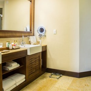 Luxury Mexico Holiday Packages Dreams Riviera Cancun Resort And Spa Mexico Preferred Club Ocean Front Governor Suite 6