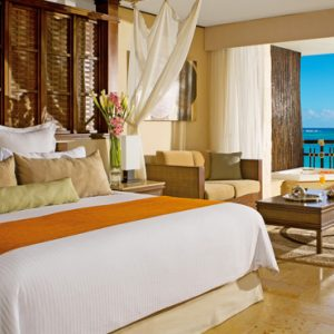 Luxury Mexico Holiday Packages Dreams Riviera Cancun Resort And Spa Mexico Preferred Club Ocean Front Honeymoon Suite