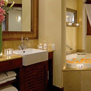 Luxury Mexico Holiday Packages Dreams Riviera Cancun Resort And Spa Mexico Preferred Club Ocean Front Honeymoon Suite 3