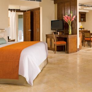 Luxury Mexico Holiday Packages Dreams Riviera Cancun Resort And Spa Mexico Preferred Club Ocean Front Master Suite
