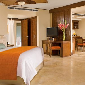 Luxury Mexico Holiday Packages Dreams Riviera Cancun Resort And Spa Mexico Preferred Club Ocean Front Master Suite 5