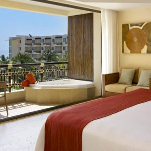 Luxury Mexico Holiday Packages Dreams Riviera Cancun Resort And Spa Mexico Preferred Club Ocean View And Pool Front