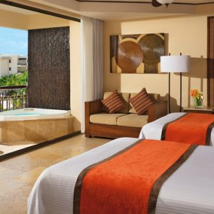 Luxury Mexico Holiday Packages Dreams Riviera Cancun Resort And Spa Mexico Preferred Club Ocean View And Pool Front 2