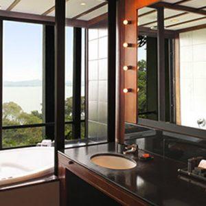 Luxury Sri Lanka Holiday Packages Heritance Kandalama Deluxe Room 2