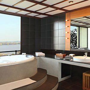 Luxury Sri Lanka Holiday Packages Heritance Kandalama Luxury Suite Bathroom