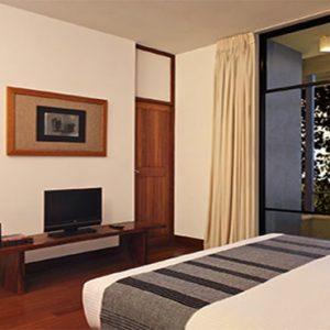 Luxury Sri Lanka Holiday Packages Heritance Kandalama Suite