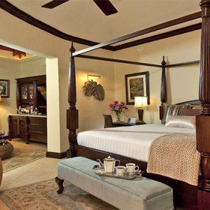 Sandra Negril Jamaica Honeymoon Millionaire Honeymoon Oceanview Penthouse One Bedroom Butler Suite Bedroom