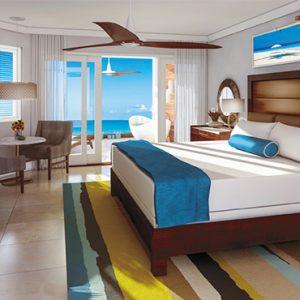 Sandra Negril Jamaica Honeymoon Caribbean Beachfront Walkout Grande Luxe Clb Level Room W Tranquility Soaking Tub Bedroom