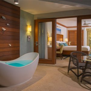 Sandra Negril Jamaica Honeymoon Caribbean Beachfront Walkout Grande Luxe Clb Level Room W Tranquility Soaking Tub Tub